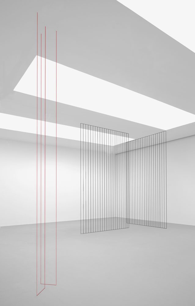 Installation view of the exhibition Fred Sandback at 525 and 533 West 19th Street in New York, dated 2009.