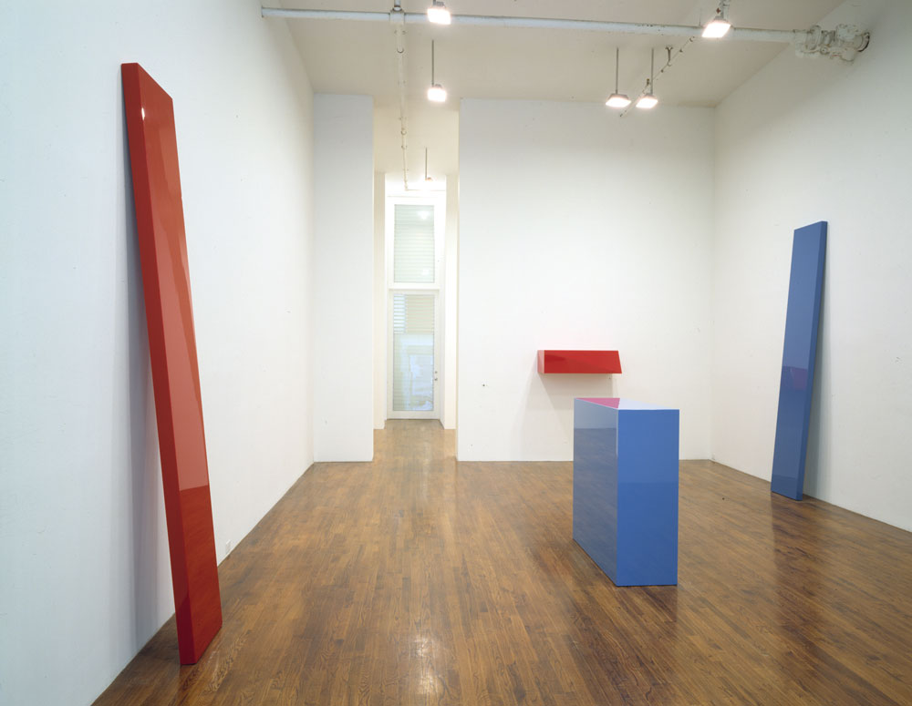 Installation view of the exhibition John McCracken: Sculpture at 43 Greene Street in New York, dated 1997.
